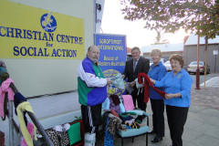 SI Canning Districts - Handover of Knitting - July 2010